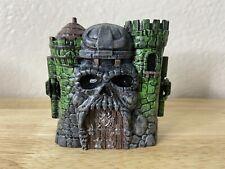 Custom MOTU Eternia Minis Masters of the Universe Castle Gray Skull Green Heman