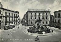Cartolina di Siracusa, autobus e vigili urbani in piazza Archimede - 1961