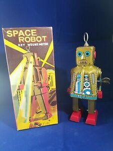 Schylling Collector Series Space Robot Key Wound Motor MS403 Wind Up Tin Toy