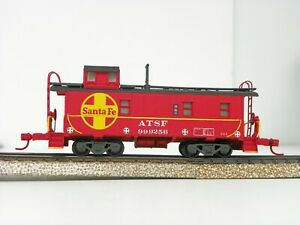 HO Athearn Santa Fe Axy Dent Regular Caboose ATSF #1579 CB/&Q BN GN UP SP D/&RGW