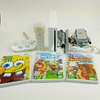 Nintendo Wii System Console White w/ 4 Games + Controller & Cables Bundle Lot