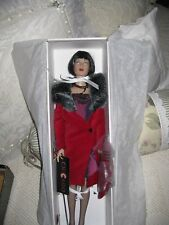 Mint in Box Robert Tonner VELMA COURT ROOM Chicago Doll