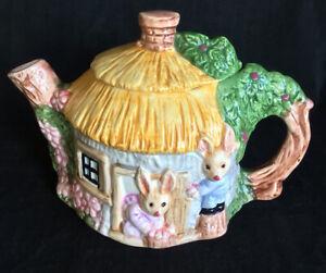 Vintage TEAPOT Bunny Cottage Collectable HIGH TEA Tableware Servingware