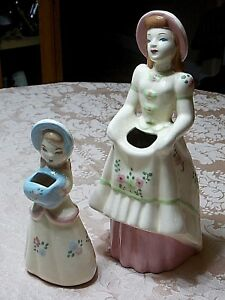 """2 Vintage WEIL WARE POTTERY VASES Country Girl USA 11"""" & 7"""" 2 TABLE BEDSIDE VASE"""