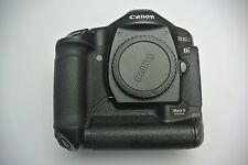 Canon EOS 1Ds Mark II 16.7 MP Digital SLR Camera Body Only-Shutter Count 62773