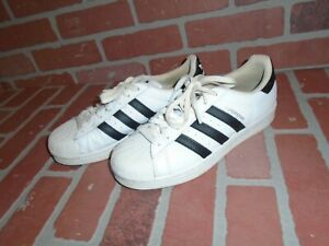 ADIDAS SUPERSTAR SNEAKERS MALE/FEMALE USA SIZE 8 IN GOOD CONDITION