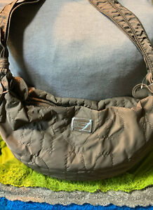 Marc By Marc Jacobs Preppy Taupe Nylon SIG XL Zip Sling Shoulder Bag Tote & Hobo