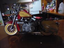 Metal Vintage Arte Estaño Rojo Amarillo Bicicleta Biker Hog Motorcycle Modelo Ornamento hombres