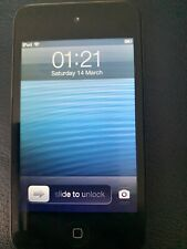 APPLE IPOD TOUCH 4TH GEN 32GB with accessories