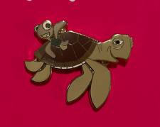 Disney Pin. Finding Nemo. Crush The Turtle And Squirt The Turtle. Very Nice.
