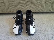 gently used black and white underarmour american football cleats size 10 mens