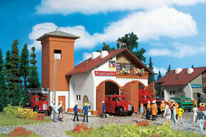 Vollmer 43761 - H0 Fire Station 112, Two Stall - New