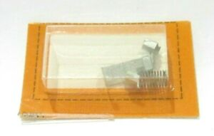 TYCO SLOT CAR HO 1 pr HP2 CURVEHUGGER PICK UP SHOES & SPRINGS NEW FREE SHIPPING