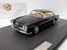 "Matrice 50102-081 - ALFA ROMEO 2000 Praho Touring année 1960 ""vert foncé"" 1:43"