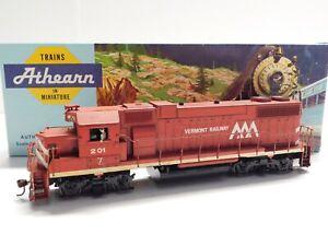 HO Scale - Athearn Custom Weathered Vermont Railway GP-38 Diesel Locomotive #201