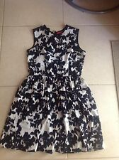USED Red By Saks Fifth Avenue Black White Monochrome Dress Size Small Size 10
