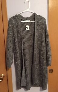 NEW NWT Urban Outfitters Kimchi Blue Gray Sparkle Open Cardigan Sweater Long S