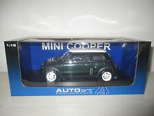 BMW MINI COOPER RACING GREEN AUTOART SCALA  1:18