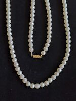 Vintage Gold Tone Iridescent Faux Pearl Necklace