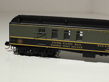 Micro-Trains #148 00 150 Canadian National Heavyweight Mail Baggage Car Cn