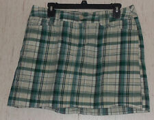 EXCELLENT WOMENS ST. JOHN'S BAY stretch 5 POCKET GREEN PLAID SKORT  SIZE 14P