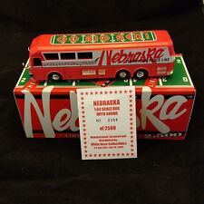 NEBRASKA CORNHUSKERS MUSICAL BUS 1:64 SCALE NEW IN BOX PLAYS FIGHT SONG