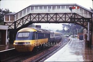 M-9 35mm Orginal Railway Slide HST 125 Intercity 253014 power car 43028 leads Pe