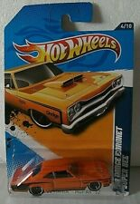 HOT WHEELS - '69 DODGE CORONET SUPER BEE - MUSCLE MANIA 2012