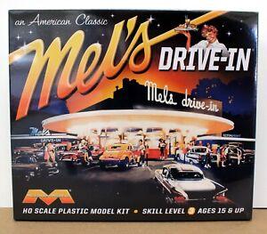 Moebius Models 935 HO 1:87 Mel's Drive-In American Graffiti  kit NIB New Sealed