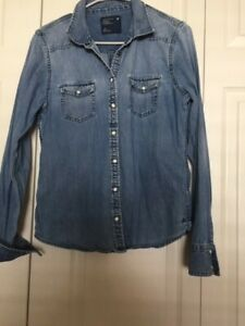 American Eagle Outfitters denim shirt size Large