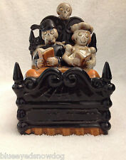 Yankee Candle ~  Boney Bunch  ** 2010 **Couple In Bed Tea Light Holder  ~ NWT