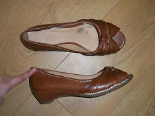 M&S FOOTGLOVE TAN BROWN WIDER FIT LEATHER UPPER PEEPTOE HEELS SHOES SIZE 6