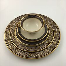 MINT Lenox BARCLAY 5 Piece Dinner Place Setting Cobalt & Gold