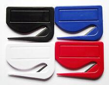 Brieföffner aus Kunststoff mit integrierter Klinge, Farben und Mengen wählbar