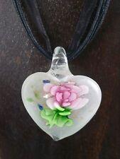 Halskette mit Anhänger aus Glas mit Goldsand * Herz mit Blume * Rosa