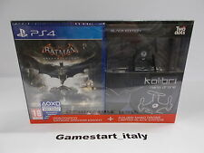 BATMAN ARKHAM KNIGHT + DRONE KOLIBRI - SONY PS4 - NUOVO PAL VERSIONE ITALIANA