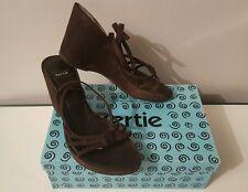 Bertie Jupiter Brown Suede Wedge Heel Sandals/Shoes Ankle Straps Size UK 6/EU 39