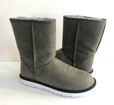 UGG MEN CLASSIC SHORT LEATHER METAL SHEARLING LINED Boot US 10 / EU 43 / UK 9