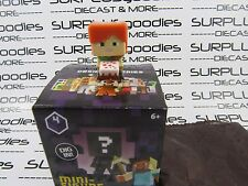 MINECRAFT Mini-Figure OBSIDIAN Series 4 ALEX With Cake Exclusive to 1-Packs