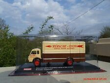 n° 8 RENAULT 4140 FAINEANT Camion  1/43 HORS SERIE GARAGE Neuf