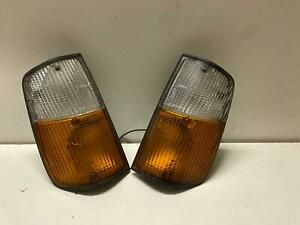 75-85 Genuine Volvo 240 260 Front Right Turn Signal Lamp Light
