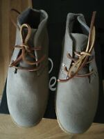 Mens Ipath sand canvas Chukka boot size 6.5 uk