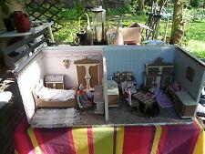 Jouet ancien belle et grande maison de poupée ancienne de 2 chambres