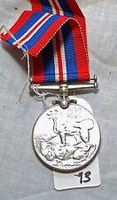 WW2 SILVER CANADIAN 1939-1945 39-45 WAR MEDAL W/ RIBBON  WWII (WM3)