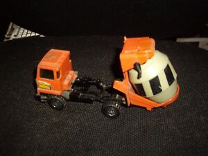 Vintage matchbox Bedford T M. McAlpine cement mixer. with rotating bowl