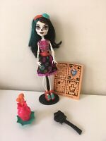 Monster High Art Class Skelita Calaveras Doll Skeleton Complete Set