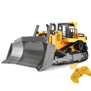 HUINA Truck Bulldozer 1/16 Toy 569 RC Model Car Gift 2.4G Radio Control Battery