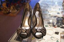 Rocawear gray open toe pumps (3in & up) size 6 M