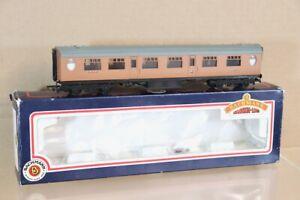 BACHMANN 34-477 LNER 63' THOMPSON 1st CLASS CORRIDOR COACH 144 BOXED nw