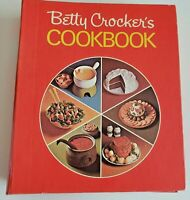 Betty Crocker's Red Pie Cookbook 1973 18th Printing 5-Ring Binder Hardcover